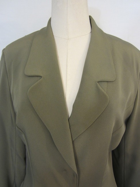 Pamela Dennis Pamela Dennis 100% Silk 2 PC Green Pant Suit with Faux Pockets Size 4