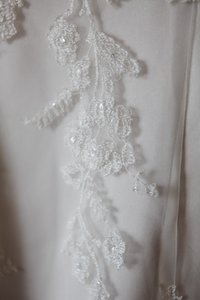Oleg Cassini Cwg 517 Wedding Dress