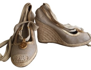 Tory Burch Espadrille Wedge Taupe Linen/Gold Wedges
