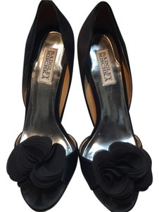 Badgley Mischka Black satin Formal