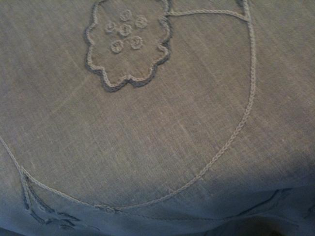 Item - White/Blue/Grey 10 Cotton Organdy Overlays with Blue/Grey Floral Embroideryl Tablecloth