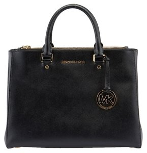 Michael Kors Sutton Tote in Black