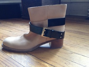 Chloé Buckled Strap Moto Nude Boots