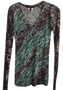 BCBGMAXAZRIA Animal Print Multi Colored Long Longsleeve V-neck Fall Green Abstract Print Top Brown