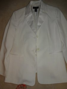 Uniform John Paul Richard Cream Blazer