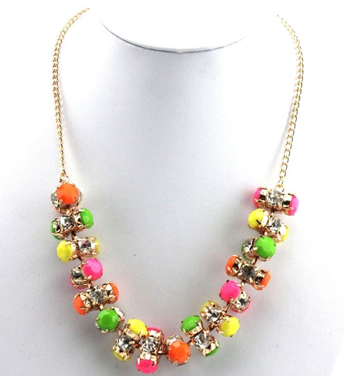 Other FASHION DESIGN COLORED ACRYLIC BEADED STATEMENT NECKLACE