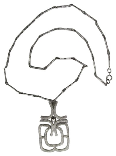 Preload https://item5.tradesy.com/images/silver-brushed-pendant-necklace-761859-0-0.jpg?width=440&height=440
