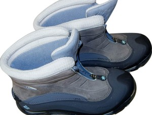 Columbia Warm Snow Blue and Gray Boots
