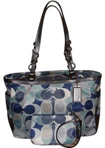 Coach 15301 Gallery Tote Scarf Print Tote Shoulder Bag