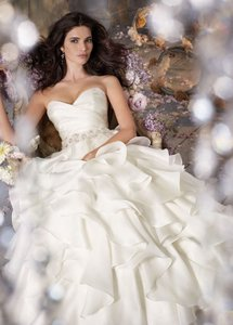 Jim Hjelm Jim Hjelm Sweetheart A-line Gown In Organza / Style 31967037 Wedding Dress