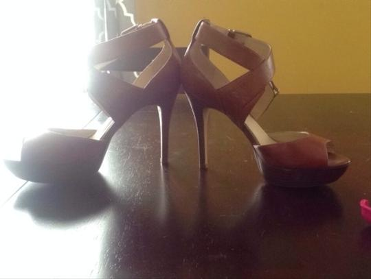 Guess Carmel Brown With Matching Wood Base Sandals
