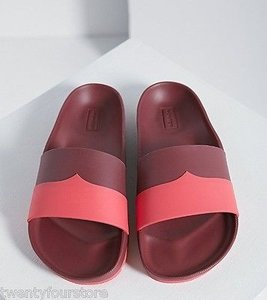 Hunter Boots Company Contrast Mustache Slide In Red Sandals