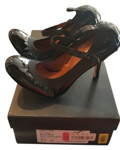 BCBGMAXAZRIA Patent Leather Black Pumps