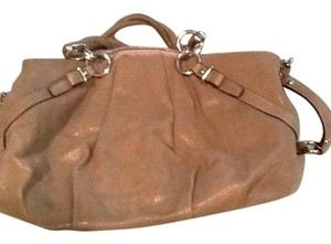 Coach Satchel in Dark taupe shimmer
