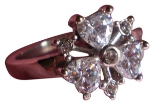 New Sparkling Simulated Heart Diamonds Ring in Stainless Steel