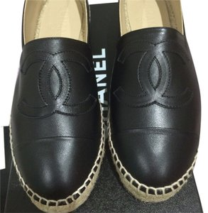 Chanel 2016 16c Cc Leather Black Flats