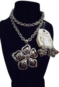 Fashion Leader Necklace Set