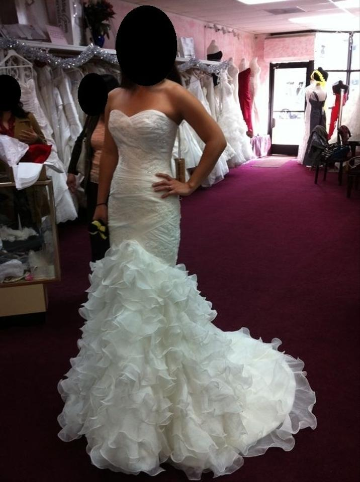 St patrick eresma wedding dress tradesy for Sell wedding dress san diego