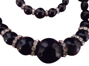 Fashion Leader Rhinestone Accent Black Bead Necklace/Bracelet Set