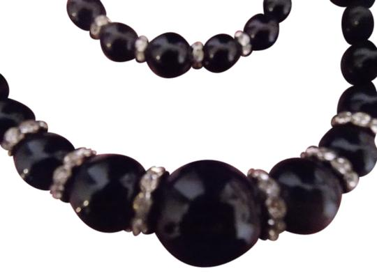 Preload https://item4.tradesy.com/images/black-rhinestone-accent-bead-necklacebracelet-set-necklace-763973-0-0.jpg?width=440&height=440