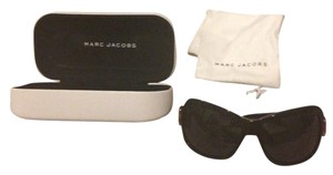 Marc Jacobs MARC JACOBS SUNGLASSES. Never Worn My FacReally Tiny For Bigger Glasses Lol