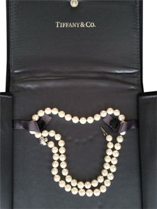 Tiffany & Co. 100% AUTH TIFFANY & CO. SIGNATURE PEARL NECKLACE