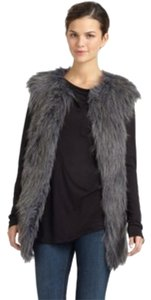 Romeo & Juliet Couture Faux Fur Winter Coat Shaggy Women Ladies Designer Fashion Casual Wear Vest