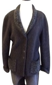 Escada 75% Wool 16% Nylon 4% Acetate 1% Cotton Made In Germany Dryclean Only Charcoal gray Blazer