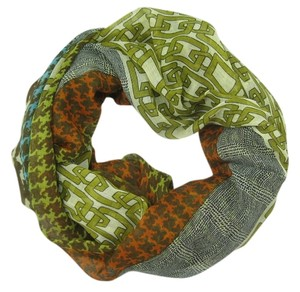 Unknown Lightweight Houndstooth and Chain Pattern Olive Infinity Scarf