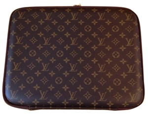 Louis Vuitton Louis Vuitton Laptop Sleeve