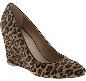 Banana Republic Size 10 Calf Hair Leopard Wedges
