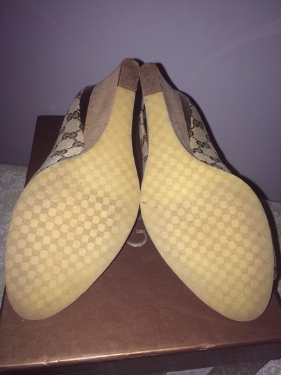 Gucci Brown/gold Wedges