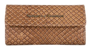 Dooney & Bourke * Cordova Woven Embossed Continental Clutch Wallet