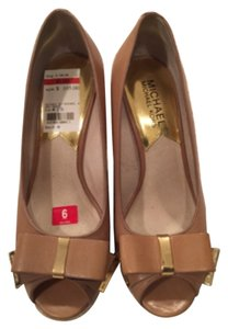 Michael Kors Beige leather Wedges