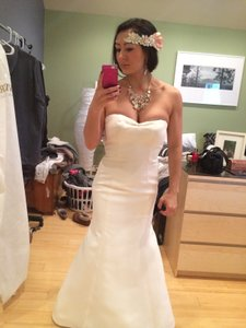 Vera Wang Twill Gazar Mermaid Gown With Grosgrain Sash Vw351081 Wedding Dress