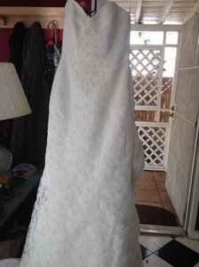 Oleg Cassini Wedding Dress