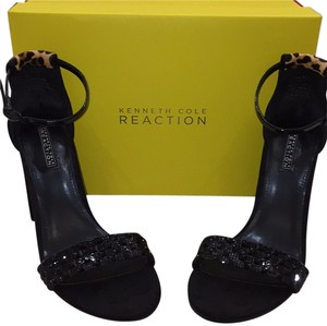 Kenneth Cole Reaction Leopard black suede Pumps