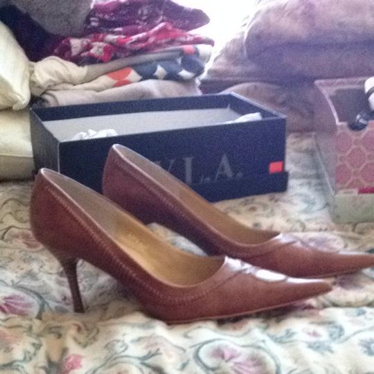 N.Y.L.A. Tan Pumps