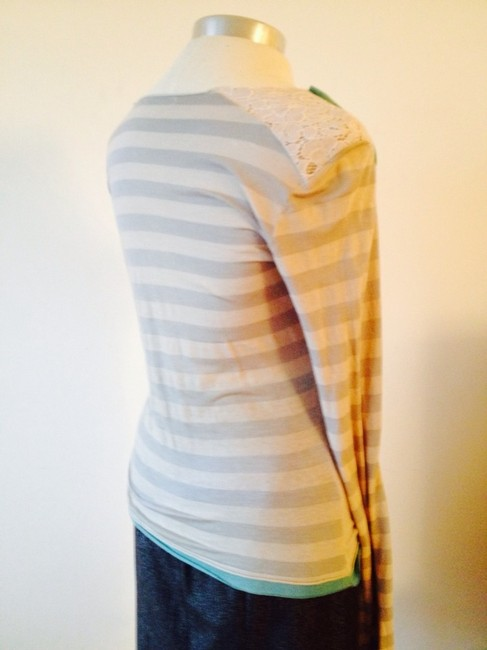 BEAHTD Long Sleeved Stripes Lace T Shirt Grey and Turquoise,