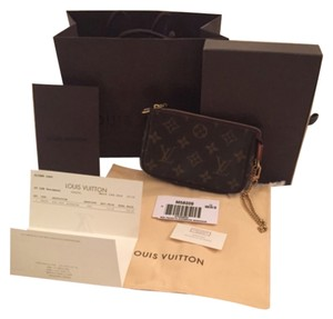 Louis Vuitton Pochette Mini Milla Eva Favorite Wristlet