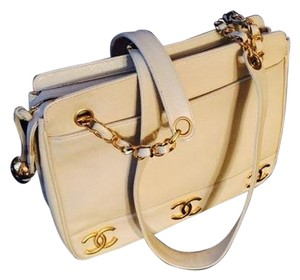 Chanel Vintage Leather Gold Satchel in Ivory