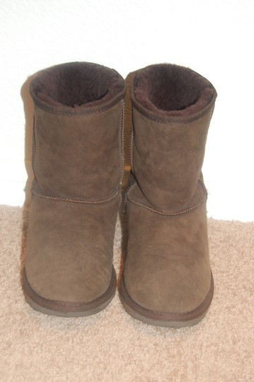 EMU Brown Boots Image 2