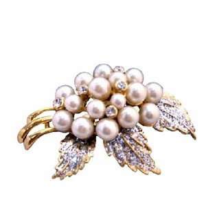 Ivory Pearls Brooch Fancy Gold Brooch W/ Glitered Leafs Wedding Brooch