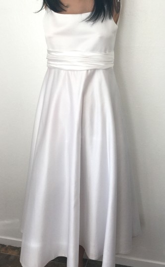 Preload https://img-static.tradesy.com/item/7668133/white-poly-satin-with-lining-and-netting-or-teen-s-party-special-occasion-formal-bridesmaidmob-dress-0-0-540-540.jpg