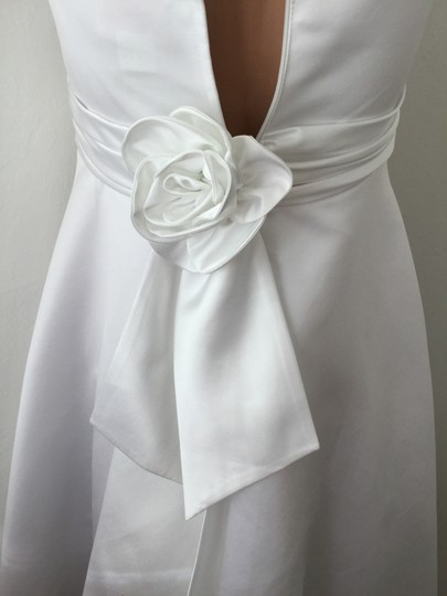 White Poly Satin with Lining and Netting Or Teen's Party Special Occasion * Formal Bridesmaid/Mob Dress Size 2 (XS) Image 1