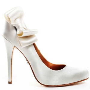 Badgley Mischka Badgley Mischka White Satin With Bow Wedding Shoes
