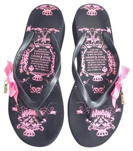 Juicy Couture Wedge Charm Comfortable Navy and Pink Flats