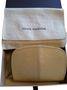 Louis Vuitton **REDUCED** LOUIS VUITTON Epi Leather Coin Purse Wallet