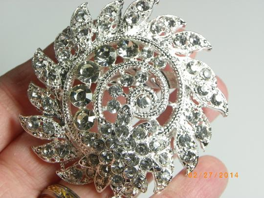 Crystal Flower Rhinestone Women Brooch For Wedding