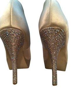 Steve Madden Studded Jeweled Gold Pumps